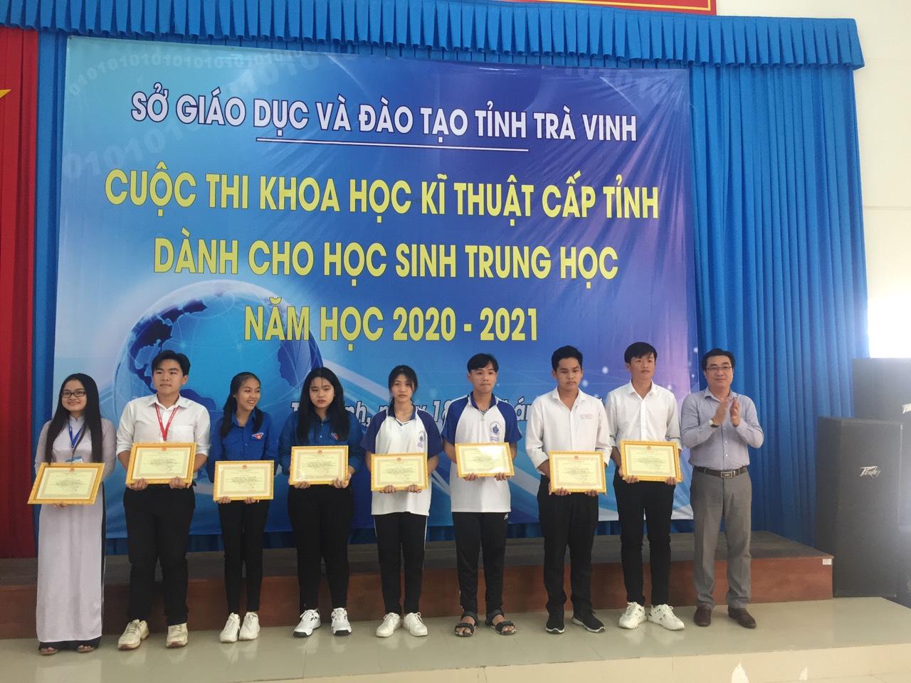 """Sở Giáo dục và Đào tạo Trà Vinh tổ chức Cuộc thi """"Khoa học kỹ thuật"""" cấp tỉnh dành cho học sinh trung học"""