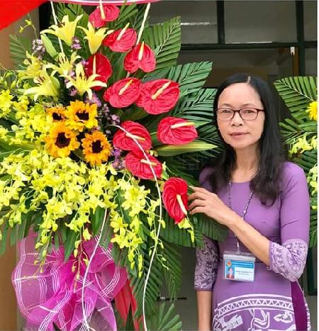 Cô Phan Thị Hông Tươi tấm gương nhà giáo tâm huyến, gương mẫu