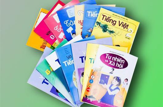 Bộ trưởng Bộ GDĐT phê duyệt danh mục sách giáo khoa lớp 2, lớp 6