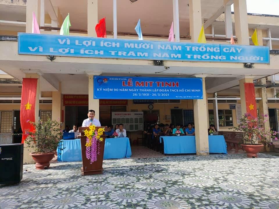 Chào mừng ngày thành lập Đoàn thanh niên cộng sản Hồ Chí Minh 26/3 tại trường THPT Nhị Trường